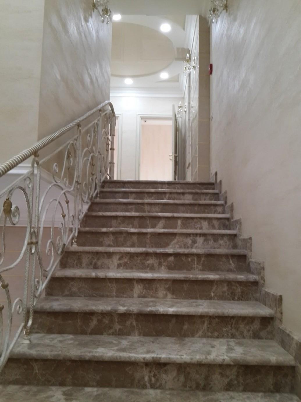 Художественная ковка патинирование лестницы