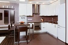 Белая мебель кухня квартира-студия