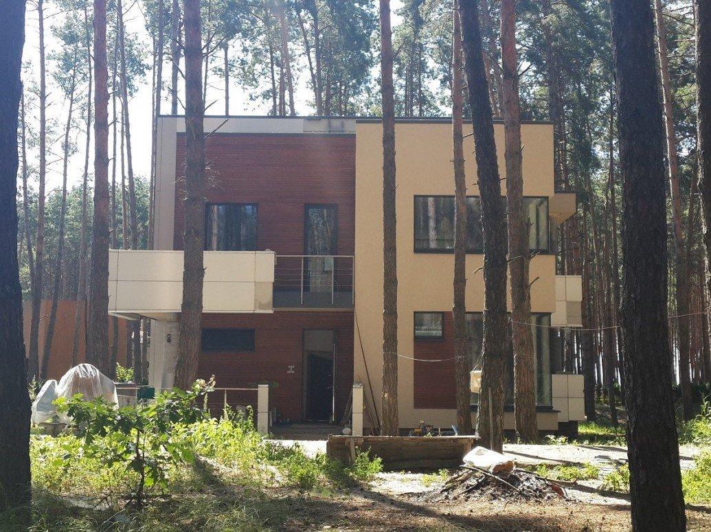 Балкон двухэтажного дома плоская крыша