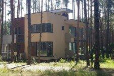 Угловое остекление лестничной клетки дом плоская крыша